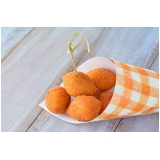 mini coxinha frango Jockey Club